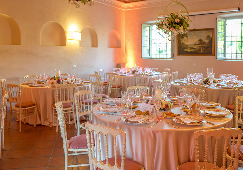 renting villa for wedding italy